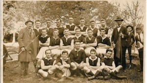 1920 Football Team in Australia